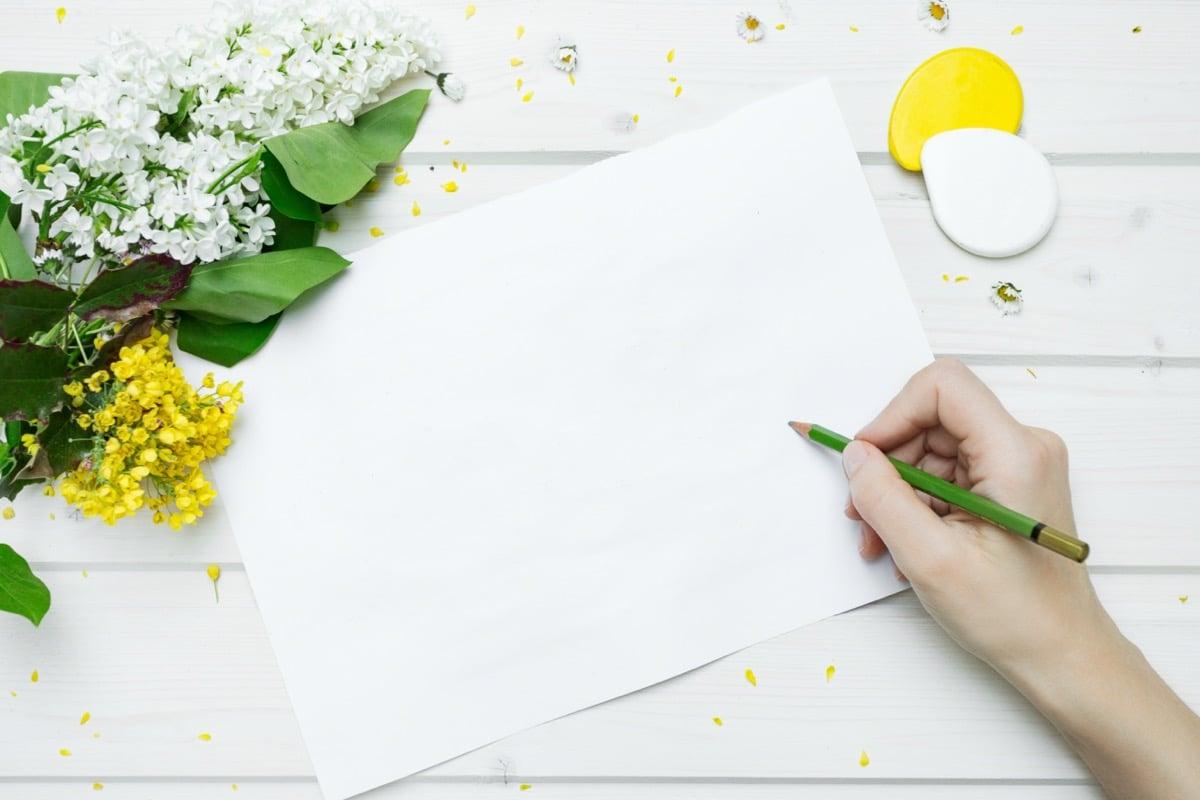 Stress voorbij: hoe je zelf kan beginnen met therapeutisch schrijven